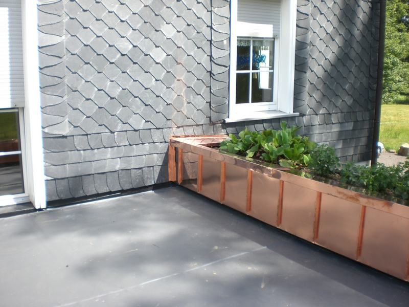 mauerabdeckung dachdecker heutelbeck. Black Bedroom Furniture Sets. Home Design Ideas